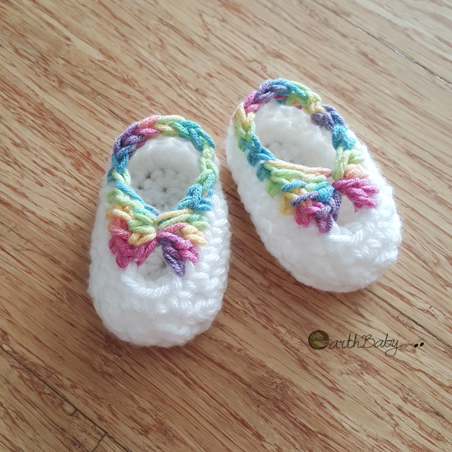 Free Crochet Pattern Quick : Quick newborn booties free crochet pattern ? earthbabycrochet